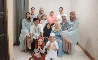 Ana Riana dan Kuluarganya