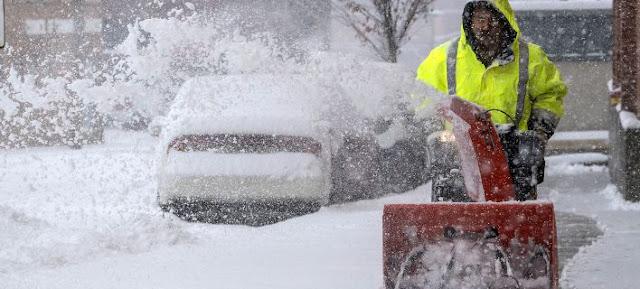 Επτά νεκροί από χιονοθύελλα στις ΗΠΑ -  Ακυρώθηκαν 1.624 πτήσεις!!! (βίντεο)