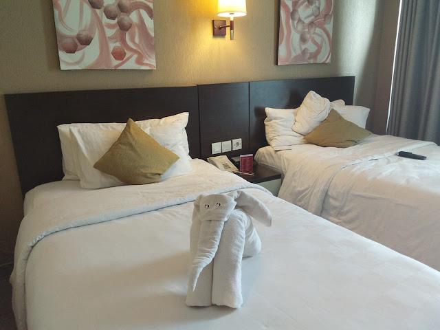 Hotel BW Premier The Hive melaksanakan eart Hour