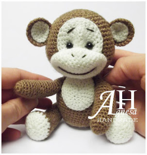 Free Download Of Crochet Patterns : 2000 Free Amigurumi Patterns: Free monkey crochet pattern