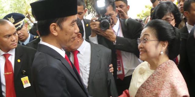 Jokowi soal Deklarasi Capres: Tanya Saja ke Bu Mega