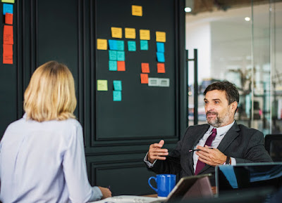 How to avoid micro management