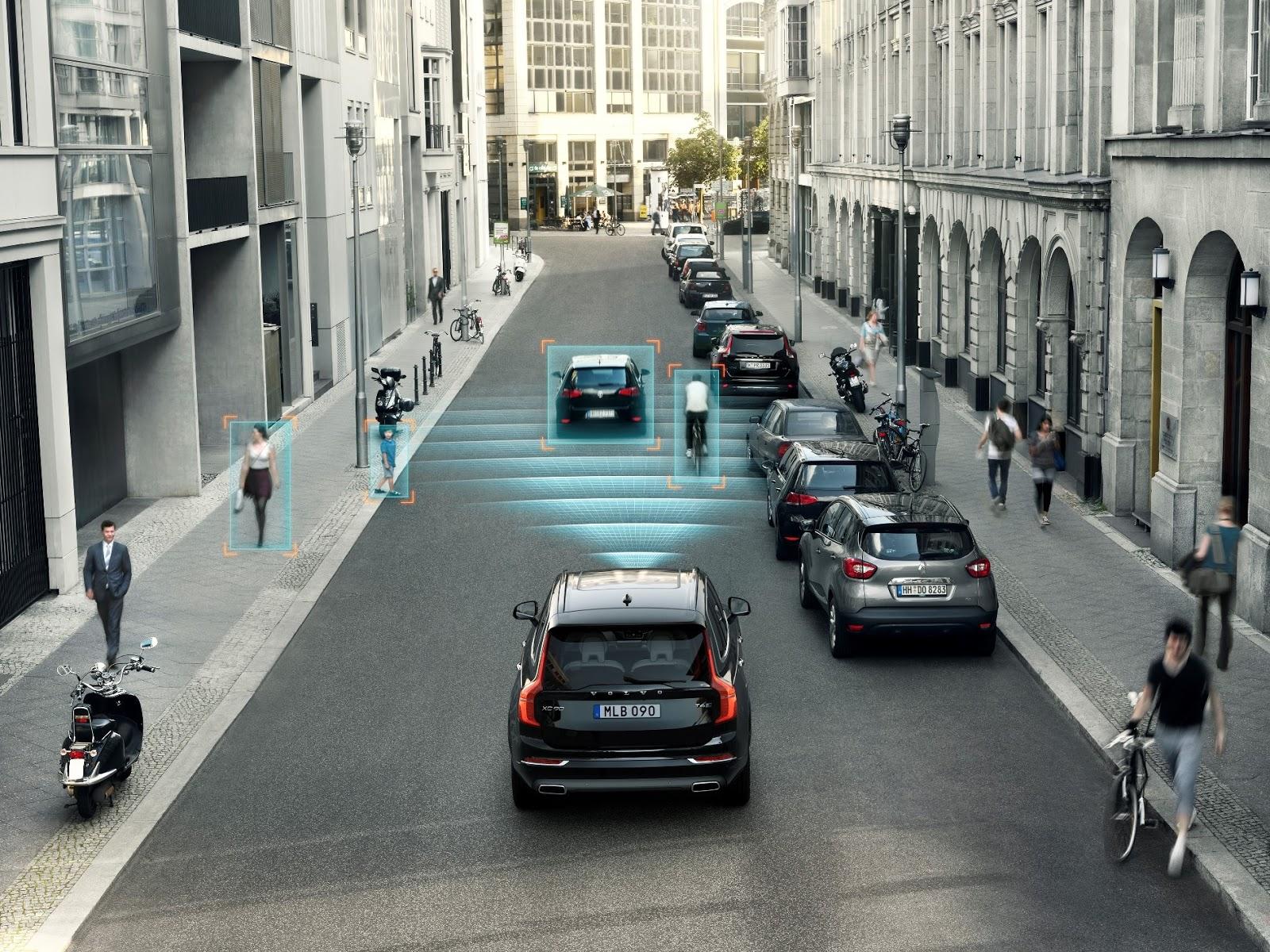 NEW%2BVOLVO%2BXC90 CITY%2BSAFETY H Volvo βάζει στόχο μηδέν θανάτους από τροχαία! Volvo, Volvo XC90