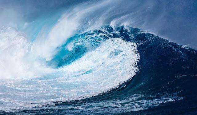 Air Laut Pasang, Ombak Besar dan Hampir Tsunami, Baca Doa Ini!
