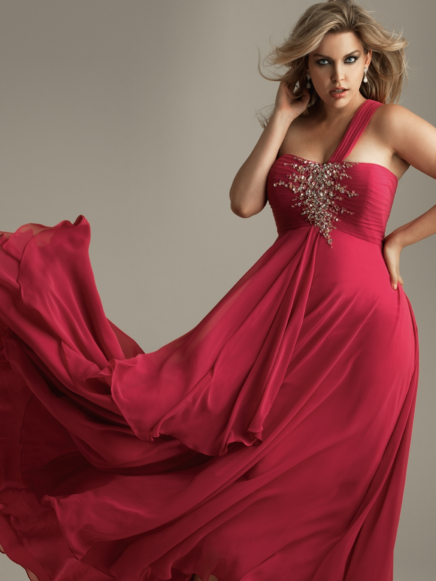 Plus Size Woman Allure Night Moves Modest Prom Plus Size