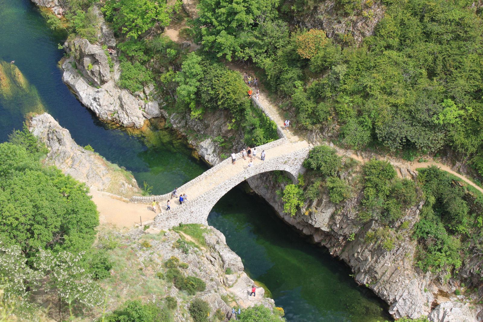 Ardèche - le Pont du Diable Thueyts