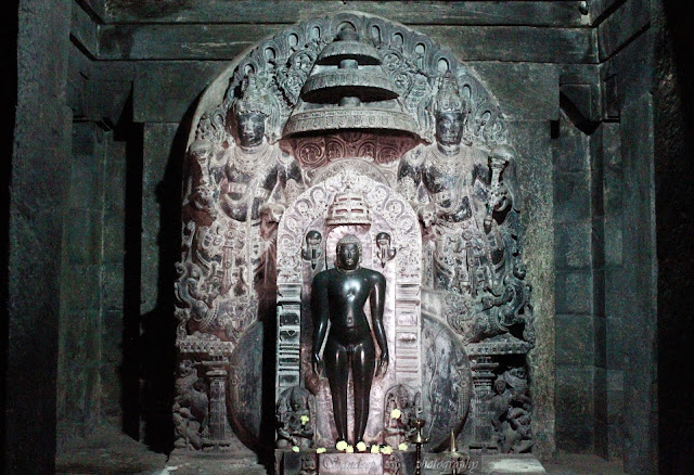 Statue of Mahavira