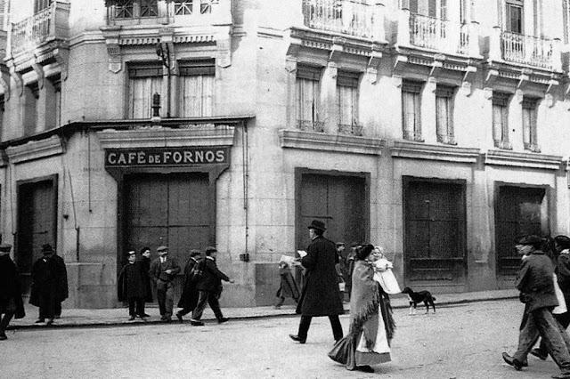 Imagen de la fachada del Café de Fornos (1908)
