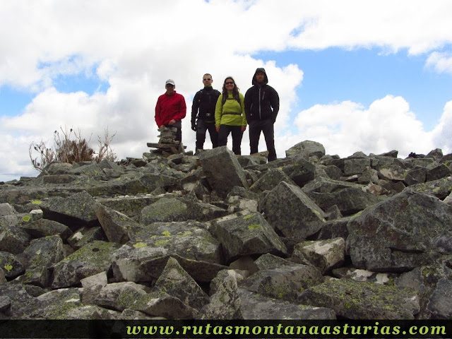 Cima del pico Los Campos, Allande