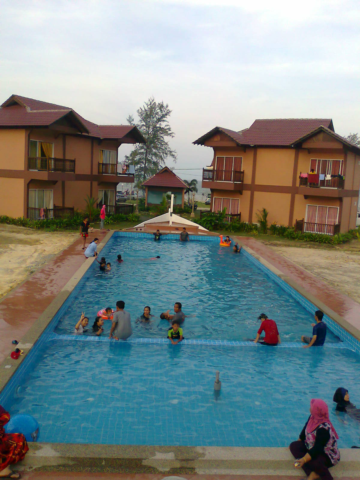 Posted By Mersing Beach Resort 4comments