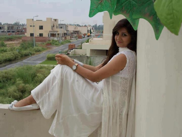 Cute India College Girl Pic, Real Indian cute girls