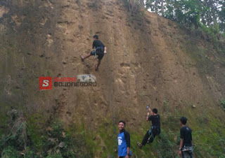 Asyiknya Rapling, Ngabuburit Ala Pecinta Alam Bojonegoro