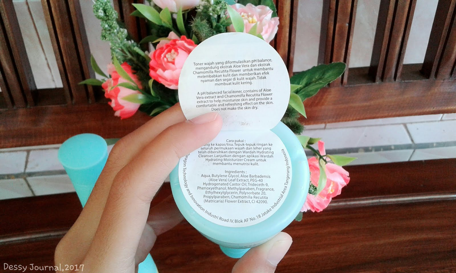 Dessy Journal Review Wardah Hydrating Cleanser