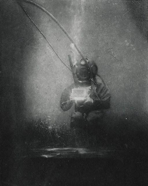 Primera fotografía submarina, de Louis Boutan.