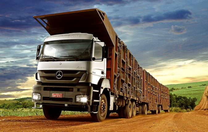 JSL adquire 152 caminhões Mercedes-Benz Axor