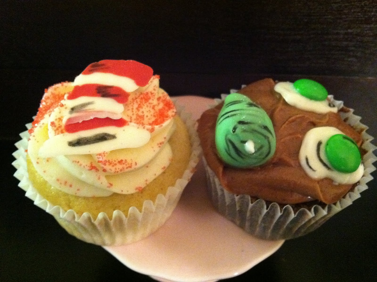 trinkette cupcakes: Green Eggs and Ham