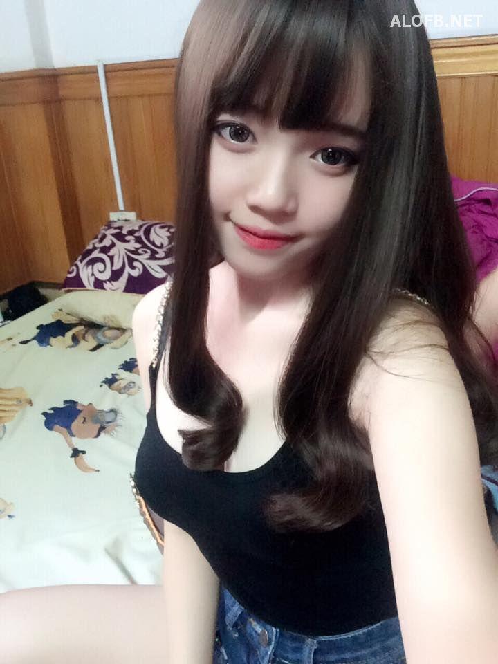 13240520 1604183123229888 8847604567502939907 n alofb.net - Streamer LMHT Linh Ngọc Đàm cực SEXY với Bikini