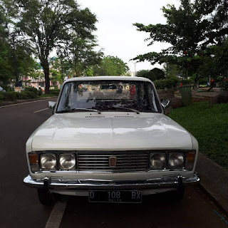 BUKALAPAK MOBIL BEKAS : Dijual Mobil Klasik Fiat 125 Stir Kiri Tangan 1