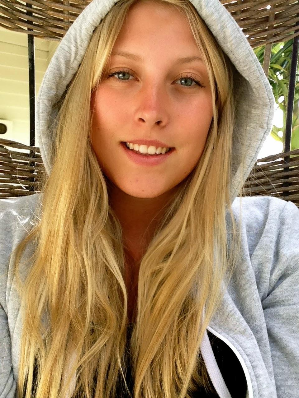 Caroline Frössling: Swedish girls