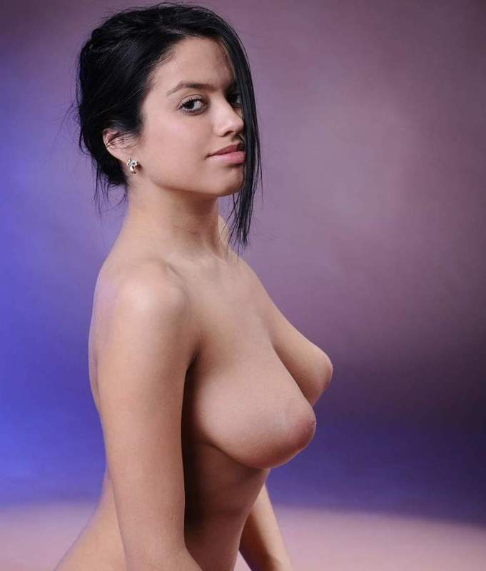 Most wanted nude women