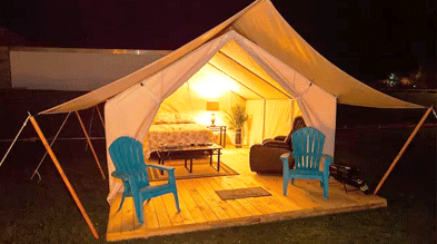 Sensasi Camping Di Tengah Kota