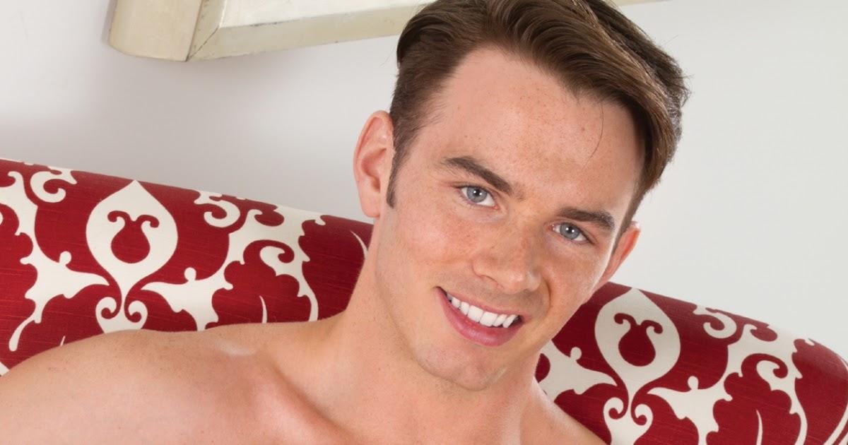 Lindsey graham accused of being gay again