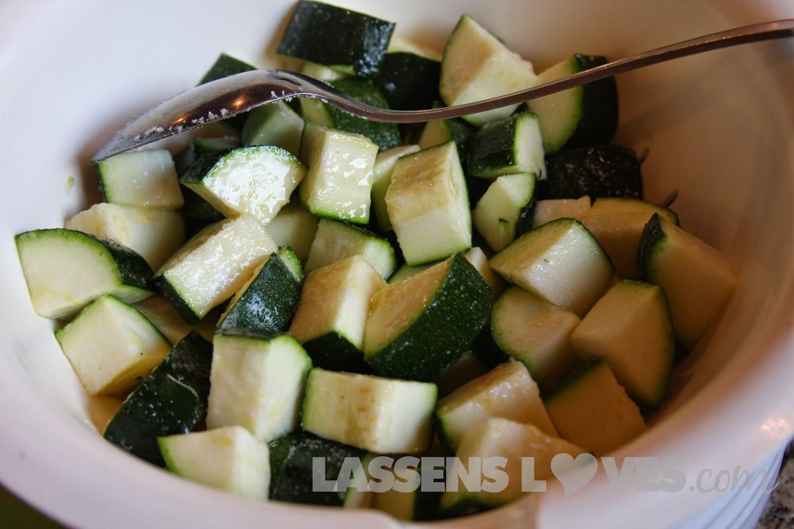 zucchini+salad, vegan+salad, raw+salad