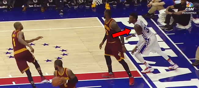 Robert Covington - Shaqtin' A Fool Moment vs Cavaliers (VIDEO)