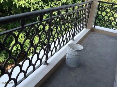 balkon untuk rumah klasik