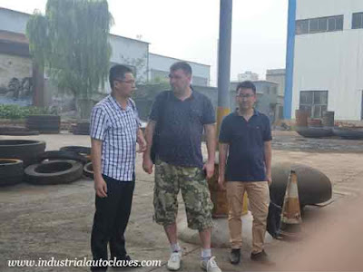 Russia Customer Visited Our Stainless Tank Heads Factory 1