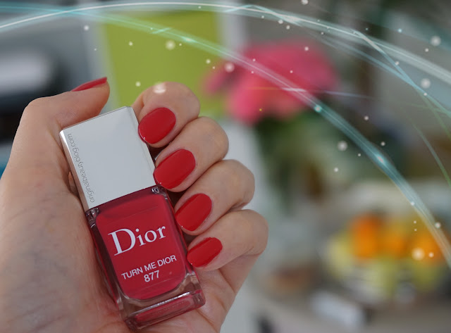 #877 Turn Me Dior Dior Addict Lacquer Nail Polish