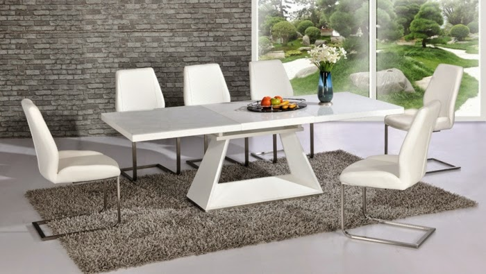 modern extendable dining table This Is 10 Extendable dining tables of glass, wood and plastic  modern extendable dining table