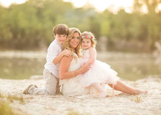 Motherhood Session with Stephanie Cotta