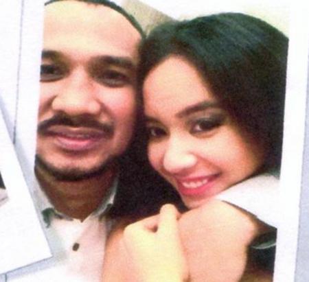 Foto diduga Abraham Samad sedang ciuman dengan cewek cantik 2