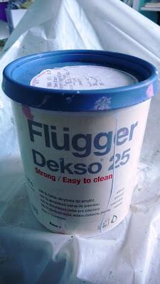 puszka farby firmy Flugger
