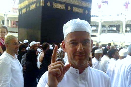 Arnoud Van Doorn, Dulu Getol Menghina Islam, Setelah Tahu Islam Yang Sebenarnya Kini Menjadi..