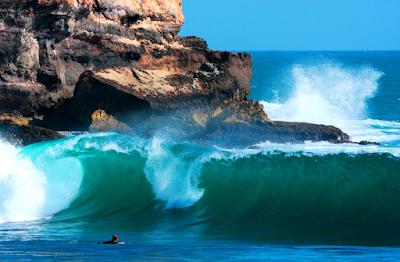 Watu Karung Surf