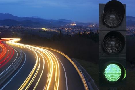 budaya klakson beruntun saat traffic light hijau