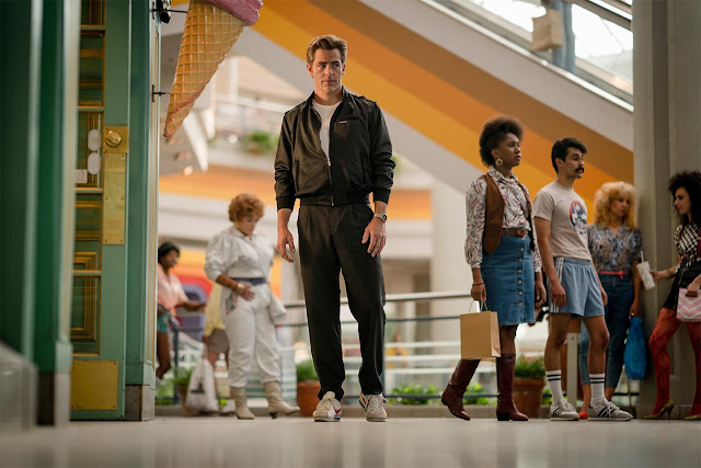 Chris Pine returns as Steve Trevor in Wonder Woman 1984