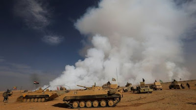 The US says Islamic State fighters deliberately set the sulphur plant on fire