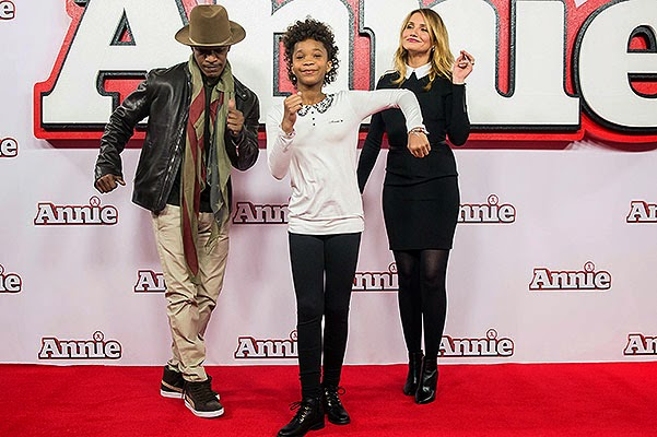 Cameron Diaz and Jamie Foxx Photo call for the musical 'Annie' in London