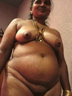 Nude new aunty — img 2