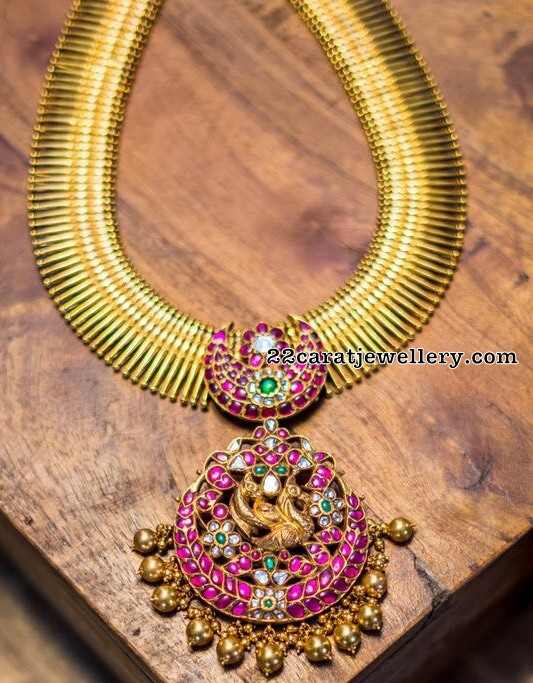Antique Broad Set with Two Step Kundan Locket