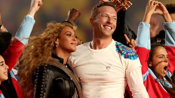 """Beyoncé rechaza a Chris Martin """"de la manera más dulce posible""""."""