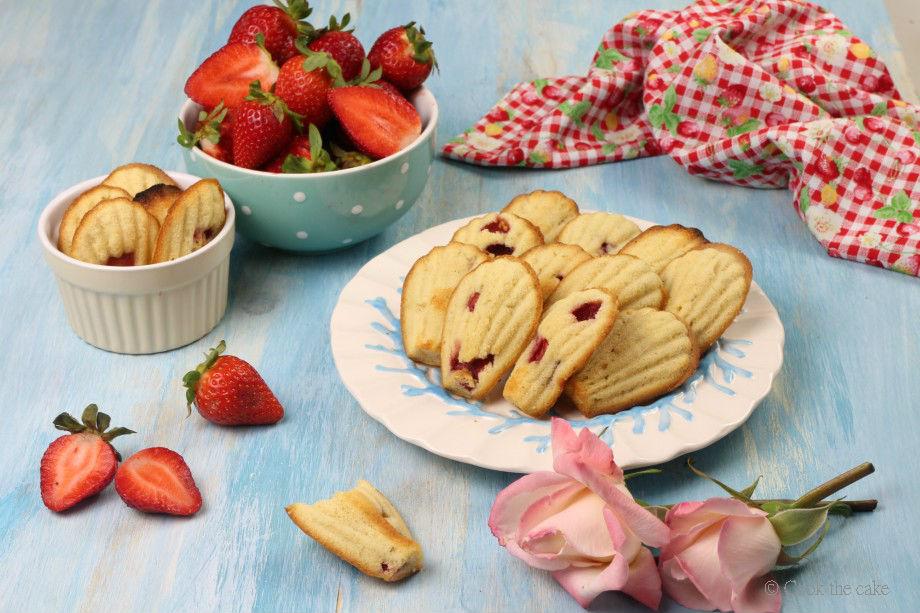 madeleines-de-fresa, strawberry-madeleines