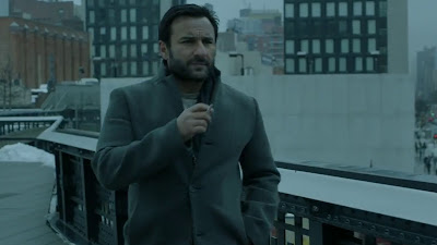 Saif Ali Khan Wearing Suit HD Picture