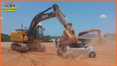 Patrão não paga salário e funcionário destrói seu carro