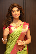 pranitha glam pics in saree-thumbnail-15