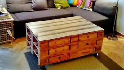 mesa de centro feita de pallet