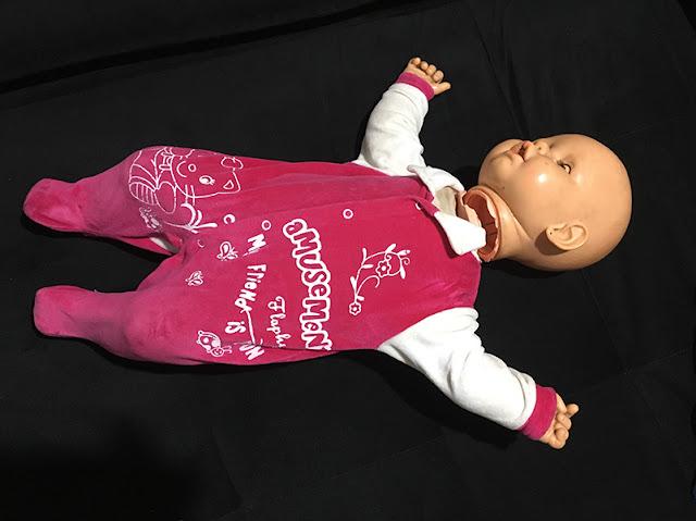 boneca Meu Bebê quebrada, deitadinha